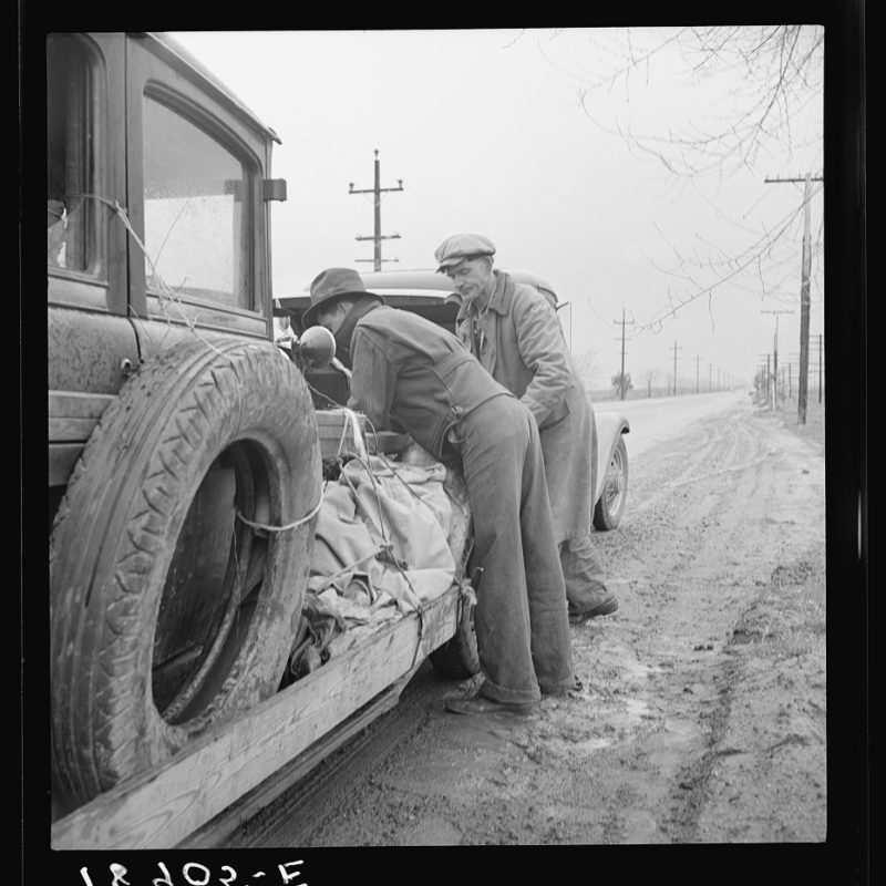 Entered California the fall of 1938. En-route to pea harvest in Imperial Valley. Car broke down. by Dorothea Lange - FSA